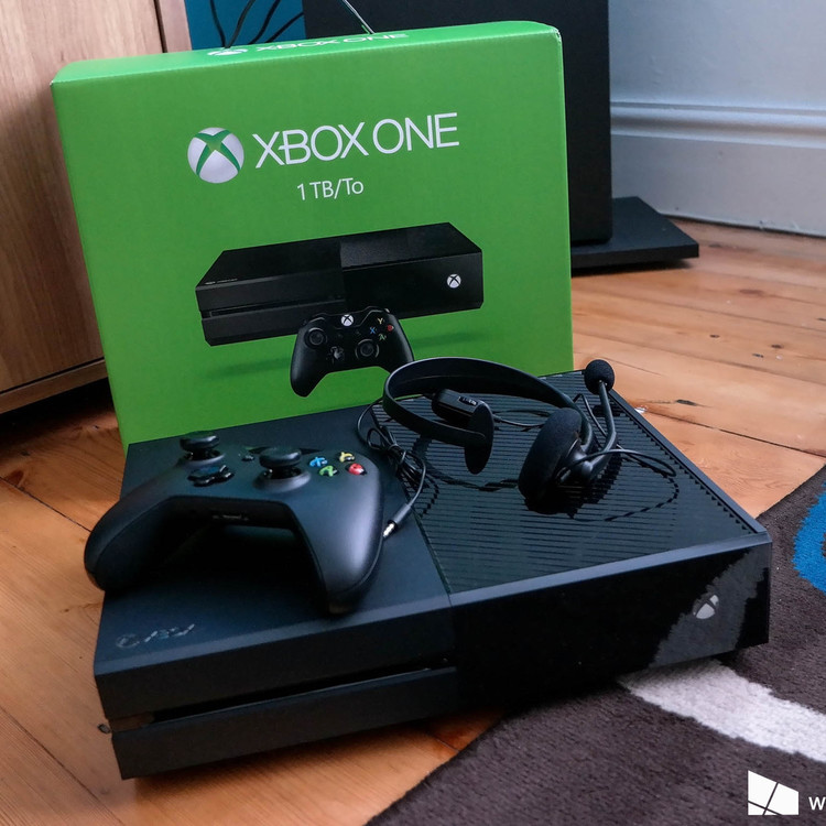 Thumb 1tb xbox one box